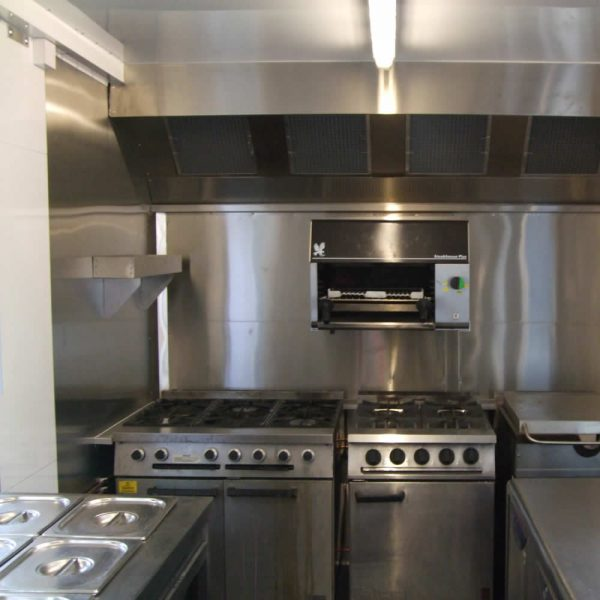 catering-trailer-conversion-kitchen