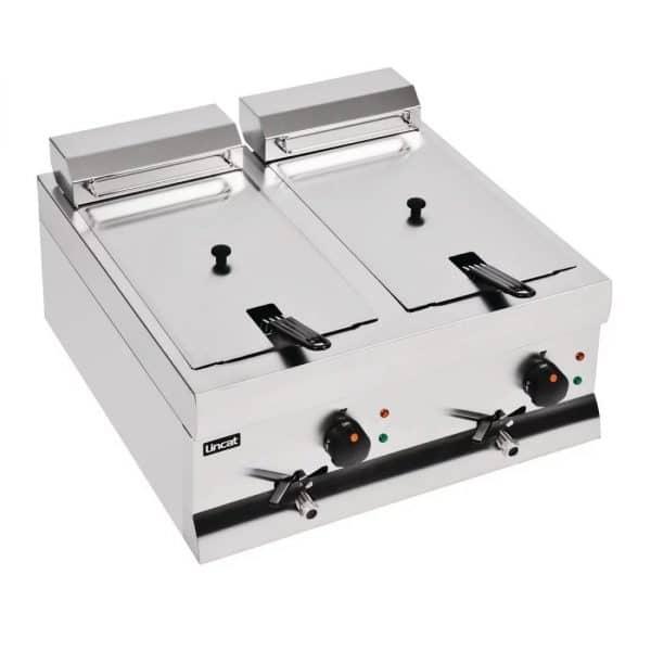 lincat-twin-tank-twin-basket-countertop-electric-fryer-DF66-closed-lids
