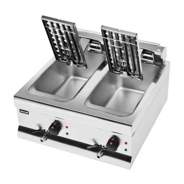 lincat-twin-tank-twin-basket-countertop-electric-fryer-DF66-open-fryer