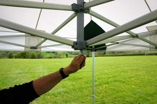 mobile-catering-gazebo-handle