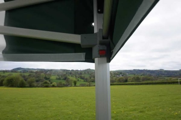 mobile-catering-gazebo-handle-lock